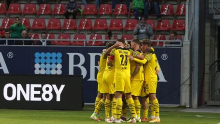 Apuestas Mönchengladbach vs Dortmund 25/09/2021 Bundesliga